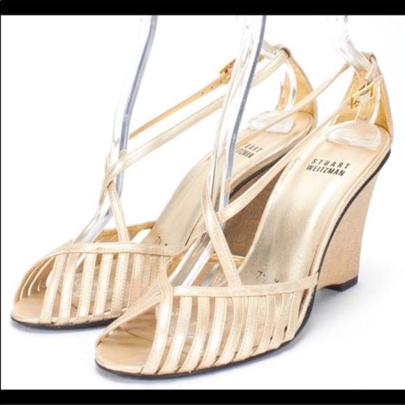 Stuart Weitzman Gold Napa Strip sandals 8.5N